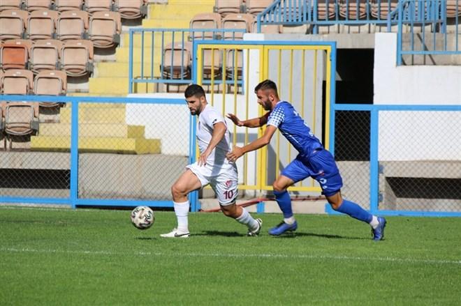 Elazığspor, Karabükspor'u 3-1 ile geçti