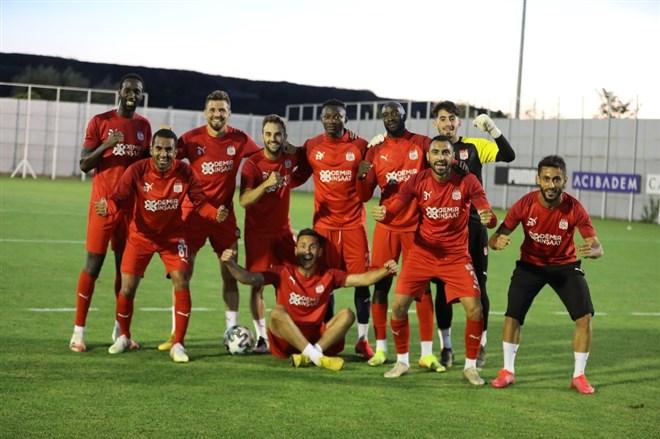 Sivasspor, Kayseri maçına moralli hazırlanıyor