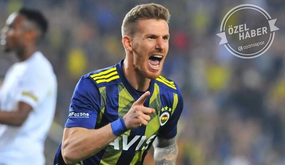 Fenerbahçe için 'feda' dedi, takımda kaldı!