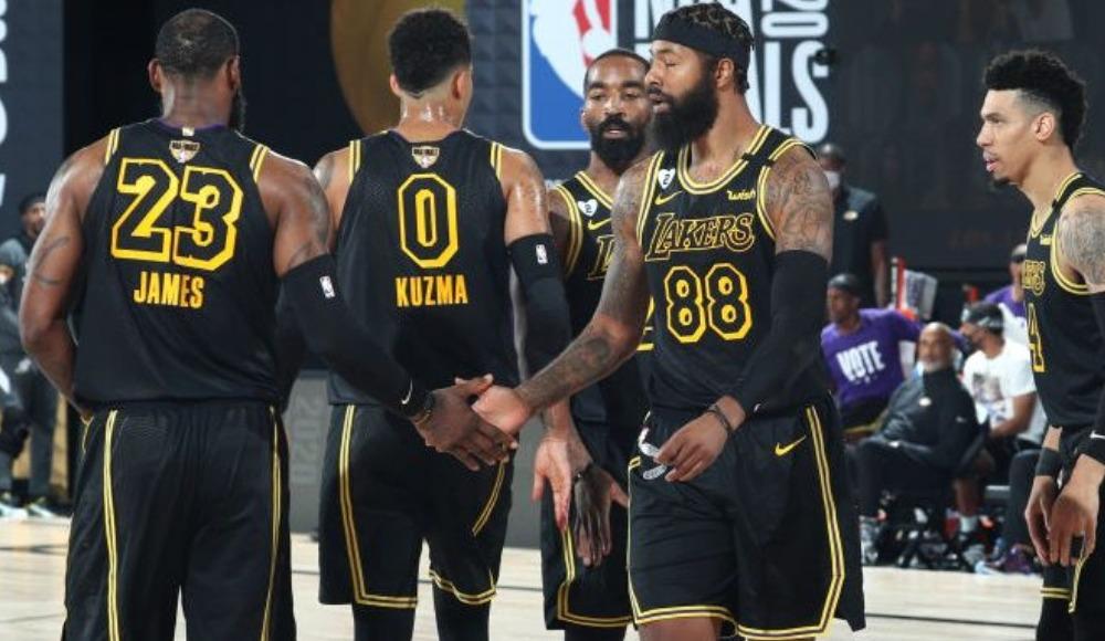 Lakers, 'Mamba' formasını giyecek! Şampiyonluk...
