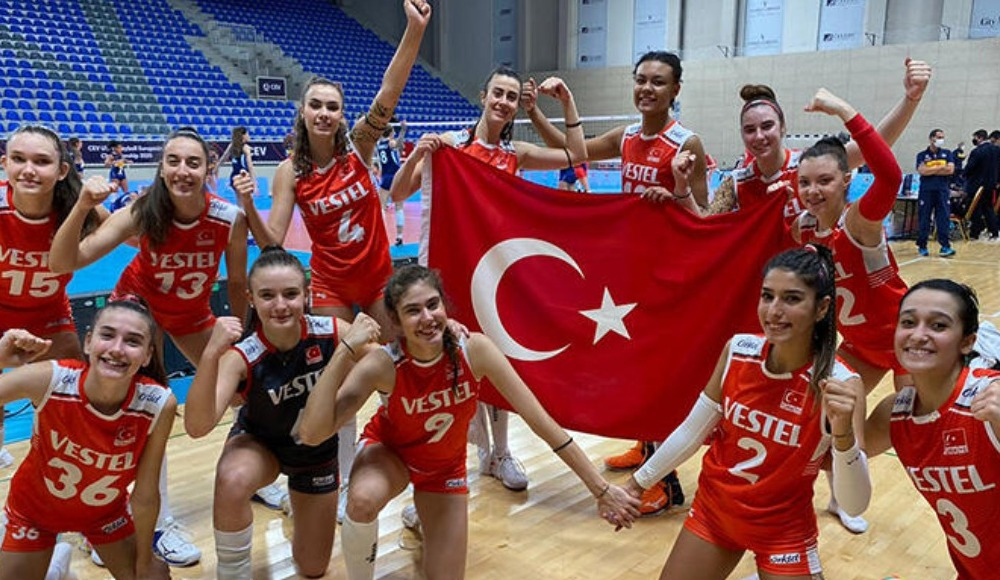 CANLI: Türkiye - Rusya maçı