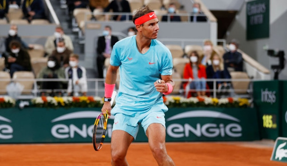 Rafael Nadal'a üstün liyakat nişanı