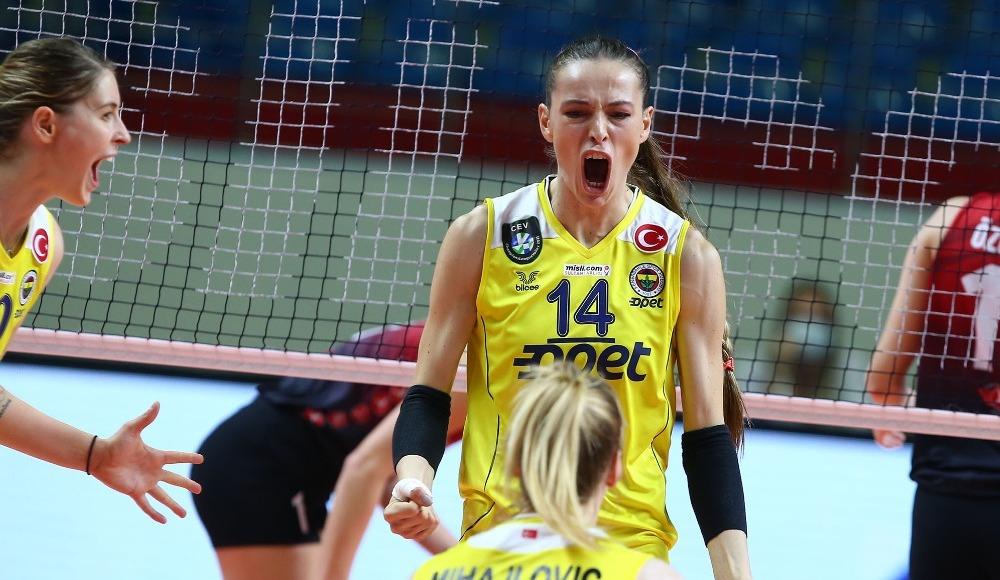 Fenerbahçe Opet, Türk Hava Yolları'nı 3-0 yendi