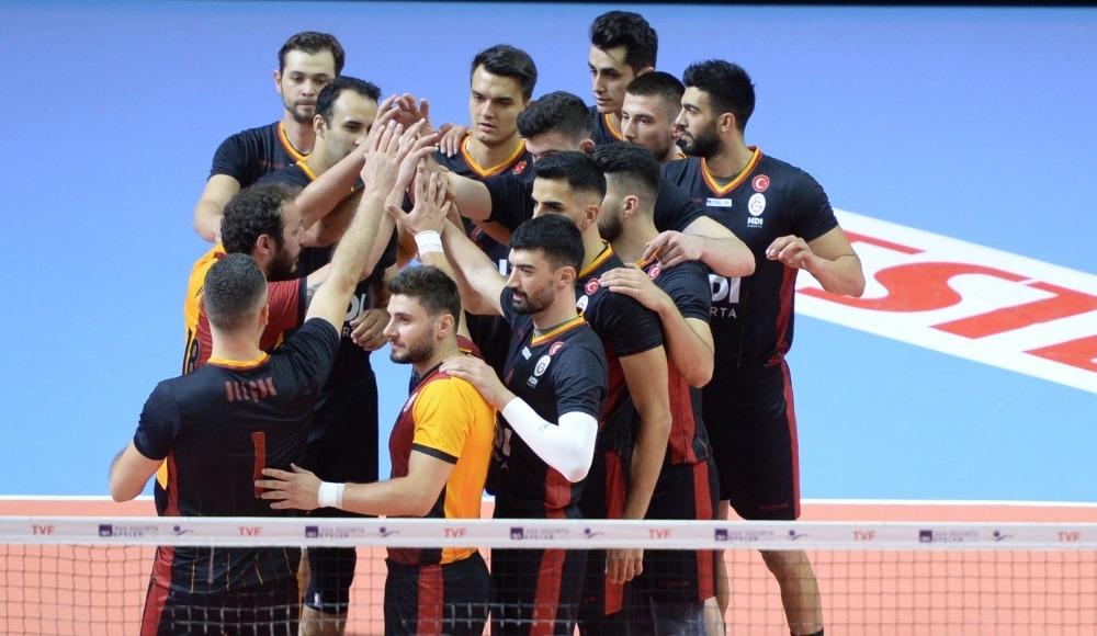 Galatasaray, erteleme maçında Afyon Belediye Yüntaş'ı 3-0 yendi