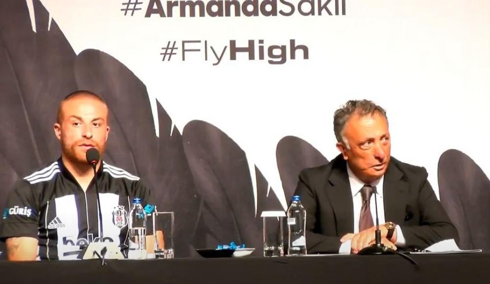 Beşiktaş, yeni transferleri basına tanıttı