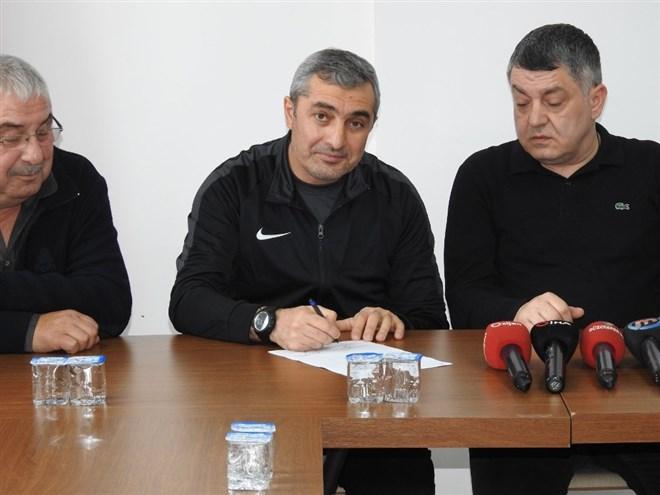 Düzcespor Teknik Direktörü Mustafa Sarıgül istifa etti