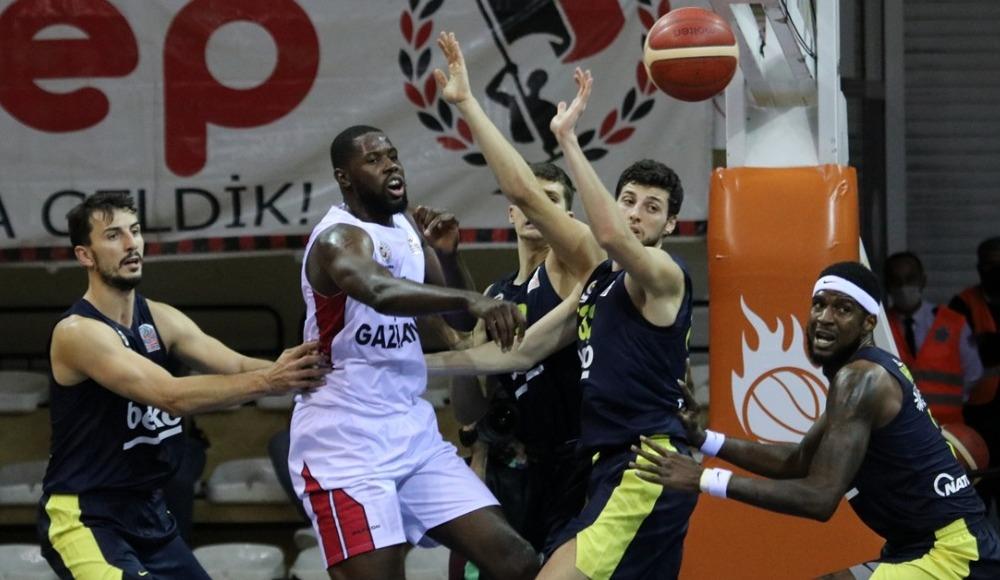 Fenerbahçe Beko ligde kayıpsız