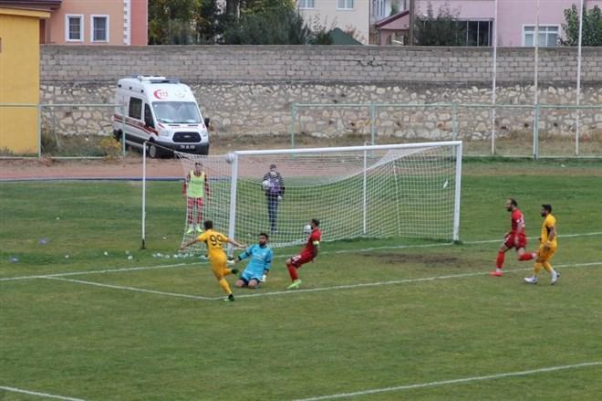 Bayburt Özel İdarespor, ligdeki ikinci galibiyetini alarak puanını 6'ya yükseltti