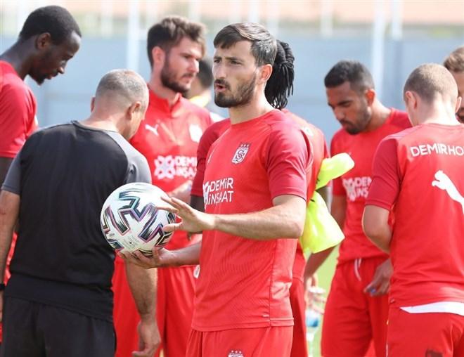 Sivasspor'da Villarreal maçı öncesi 3 eksik!