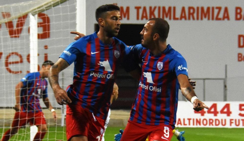 İzmir derbisine Ahmet Dereli damga vurdu, Altınordu kazandı!