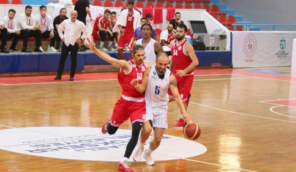 Kocaeli BŞB Kağıtspor sahasında Samsunspor'u 5-62 mağlup etti