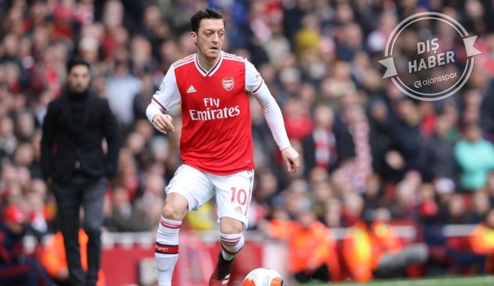 """""""Mesut Özil isteseydi 30 milyon sterline gidebilirdi"""""""