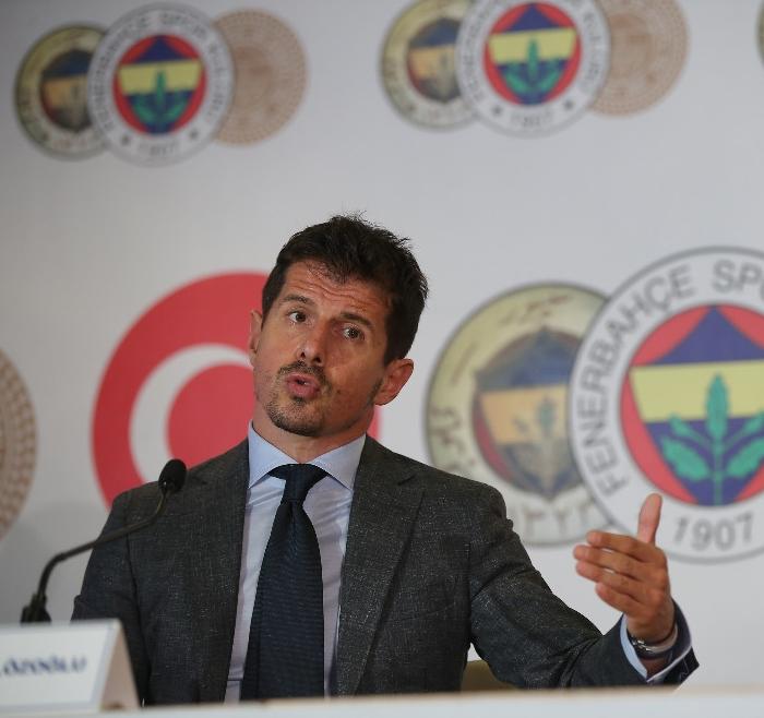 """""""Fenerbahçe'nin kırmızı çizgisi kalitedir"""""""