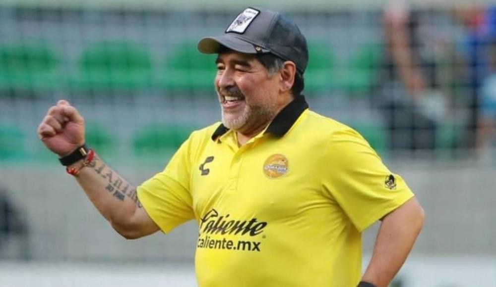 Maradona beyin kanaması geçirdi! Ameliyat sonrası ilk açıklama...