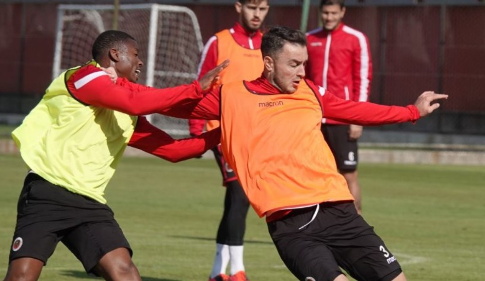 Gençlerbirliği'nde Başakşehir maçı öncesi koronavirüs şoku!