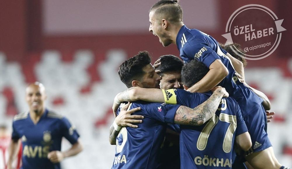 Fenerbahçe'nin 11'i belli oldu! Sosa'nın yokluğunda...