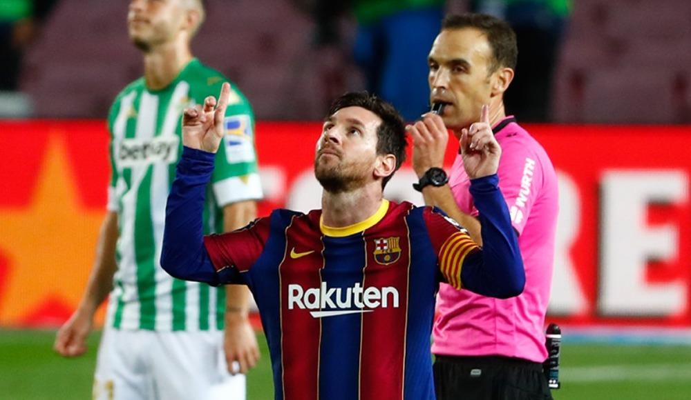 Messi girdi, Barcelona coştu