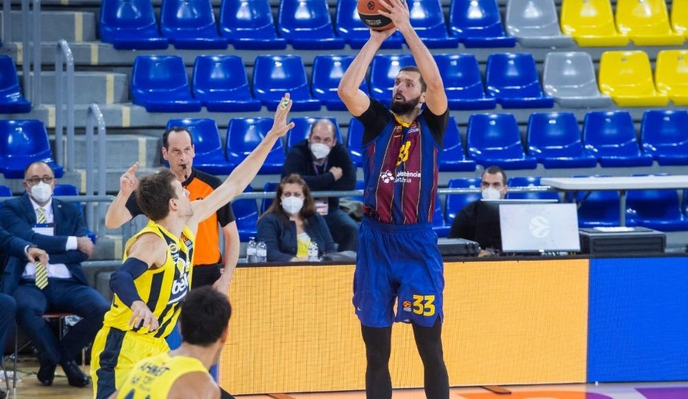 Fener'e Barcelona'da şok!
