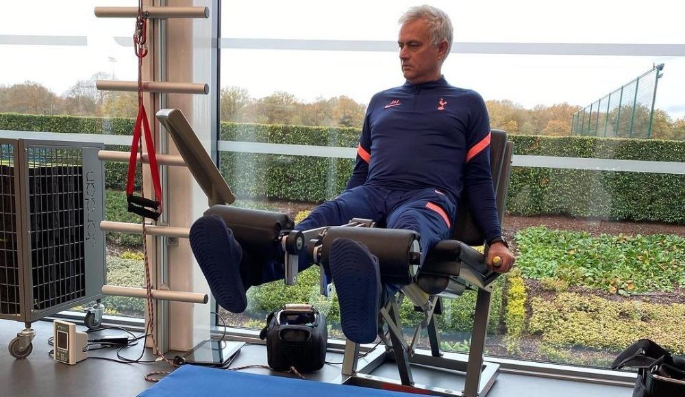 Tottenham sadece 6 oyuncuyla antrenman yaptı; Mourinho patladı