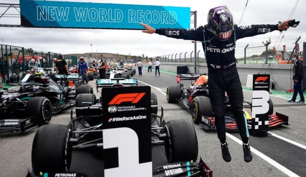 "Nico Rosberg : ""Hamilton rakiplerini korkutuyor"""