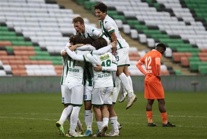 Bursaspor son dakika golüyle kazandı!