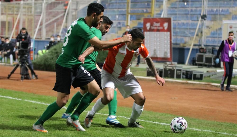 Adanaspor penaltılarla turladı