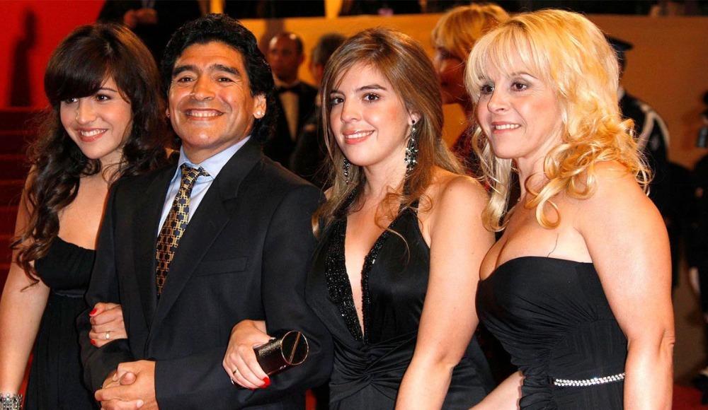 Maradona'nın 11 kişilik miras kavgası
