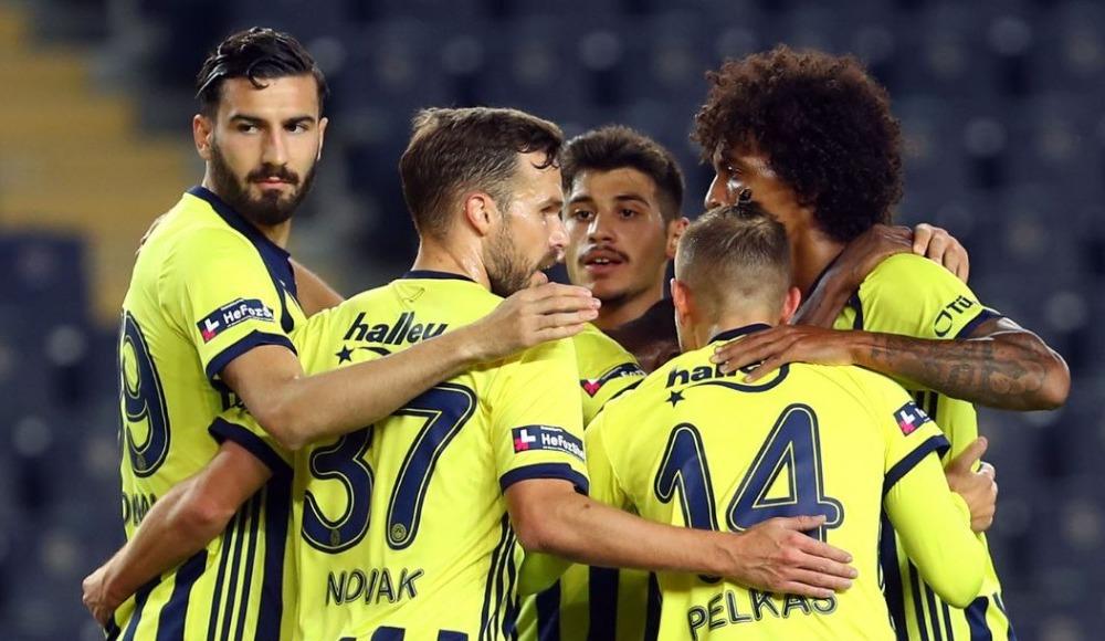 """""""Fenerbahçe'nin elindeki kadro daha donanımlı ve formda"""""""