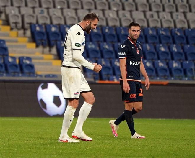 Başakşehir - Denizlispor maçı sonrası gerginlik!