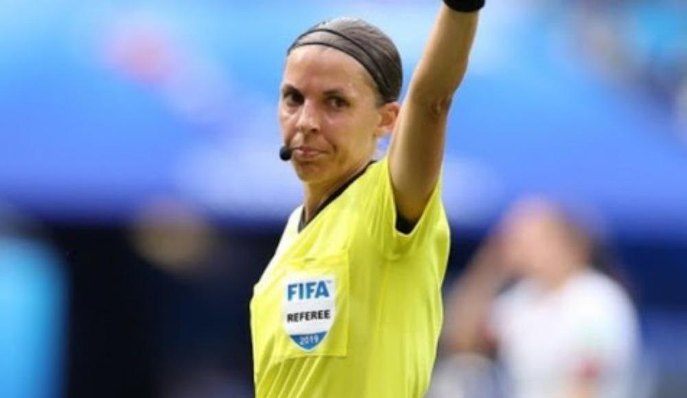Şampiyonlar Ligi'nin ilk kadın hakemi Stephanie Frappart