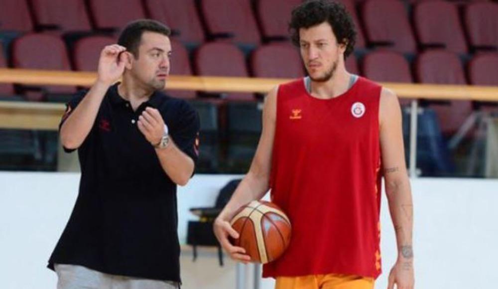 Galatasaray, yeni başantrenörünü resmen açıkladı!