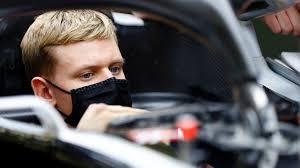 Mick Schumacher 18.sırada bitirdi
