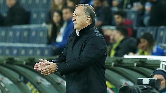 """""""Feyenoord'u unut Antalya'ya bak"""""""