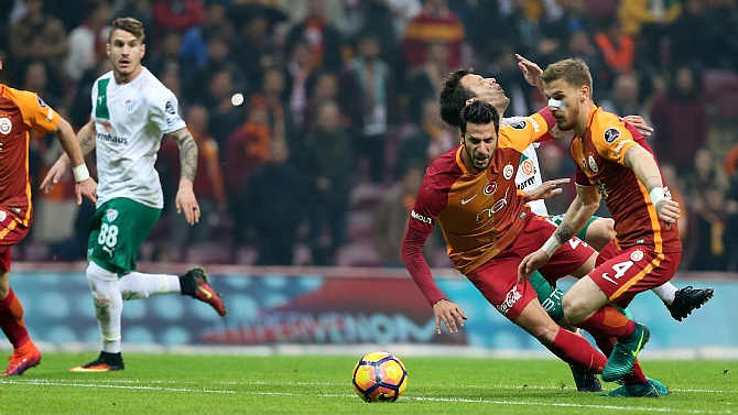 Galatasaray'da Serdar sınırda