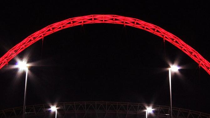 Wembley, İstanbul için kırmızıya büründü