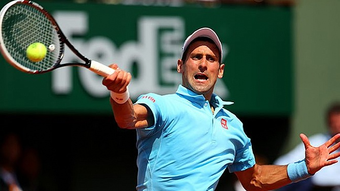 Djokovic yarı finalde