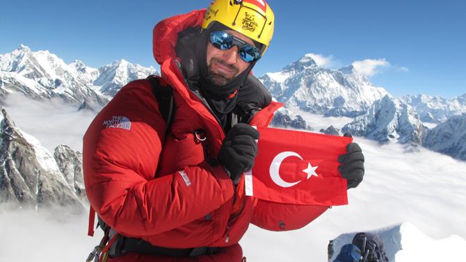 """Türk bayrağı  """"zirve""""de dalgalanacak!"""
