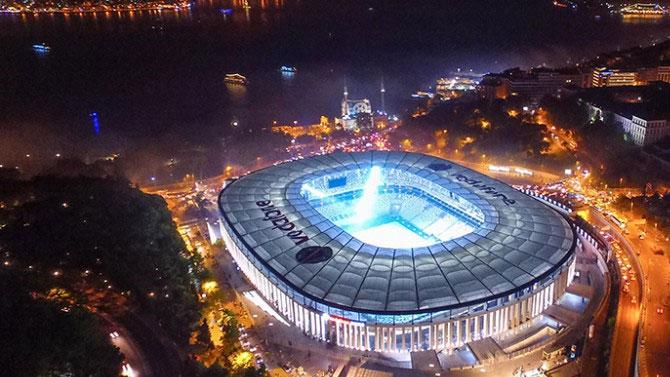 ''Vodafone Arena güzel ama kulübeler mezar gibi''