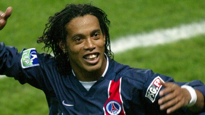 Brezilyalı efsane futbolcular neden aşırı sağcı ismi destekledi?