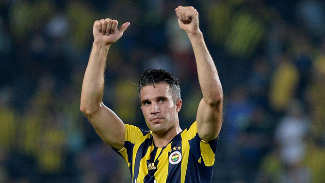 Robin van Persie (341 maç 158 gol / 0,46 gol ort. )