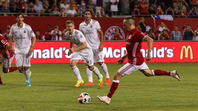 """""""Robben ve Ribery'i istemiyoruz"""""""