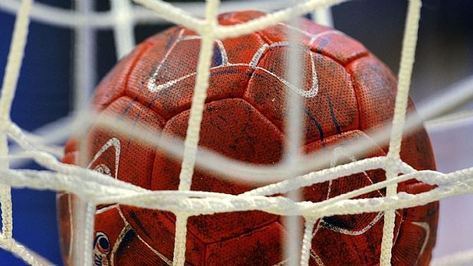 Hentbol Kadınlar Türkiye Kupası'nda heyecan sürüyor