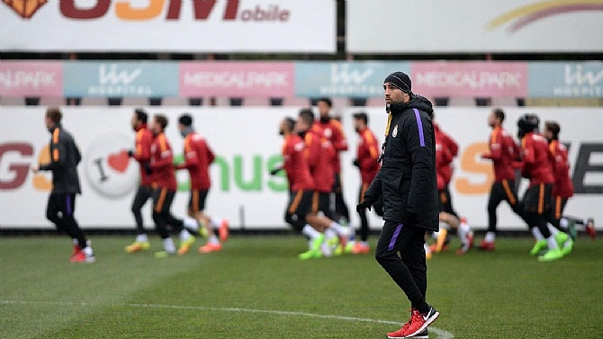 Tudor ile Sneijder ne konuştu?