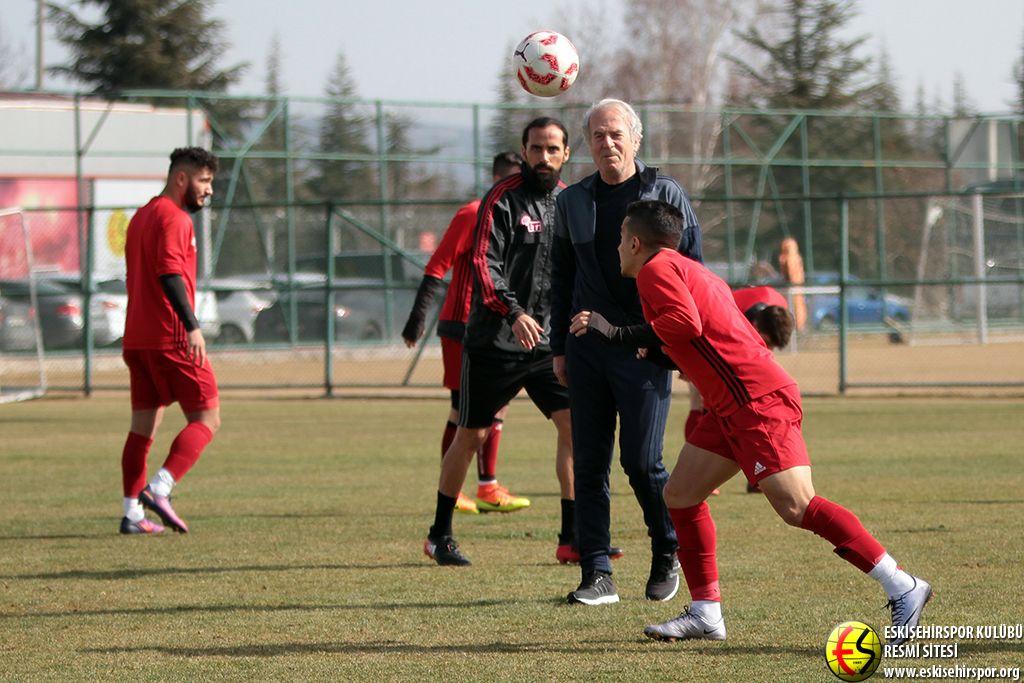 Eskişehirspor'da şok! İdmanda kavga!
