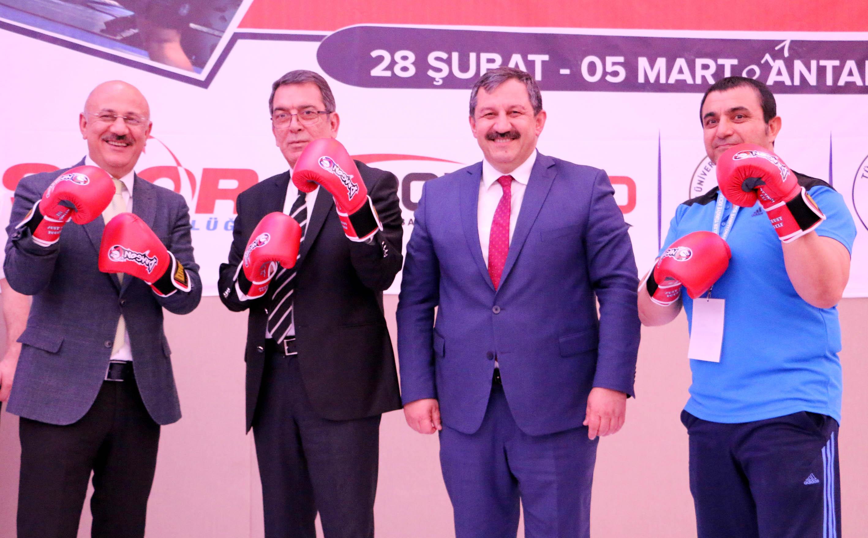 Kick Boks Şampiyonası, Antalya'da başladı!