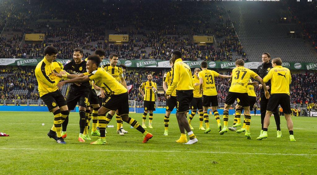 Augsburg - Borussia Dortmund (Canlı Skor)