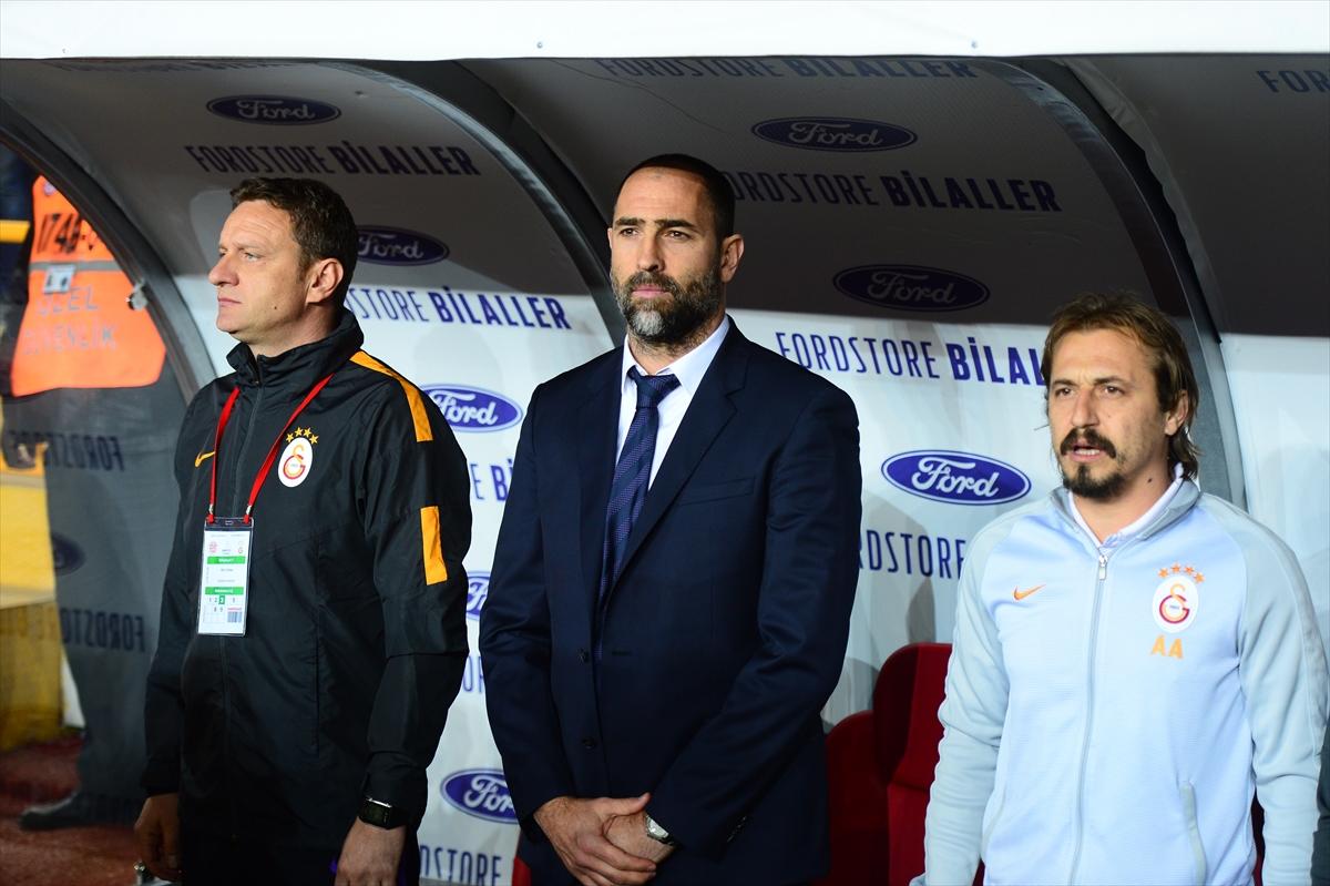 Ayhan Akman'ı Mehmet Özbek kurtarmış!