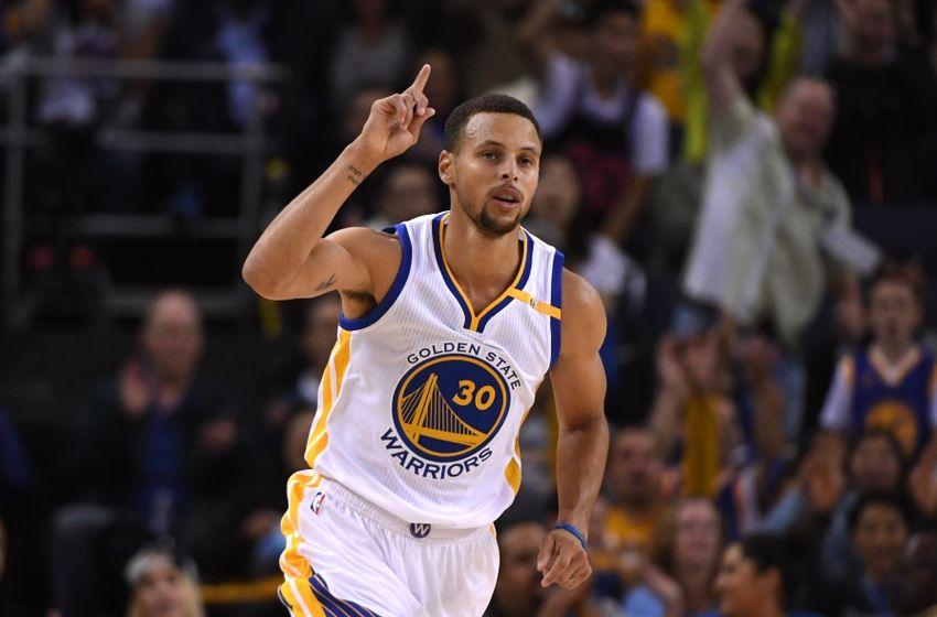 Curry'e para cezası geldi!