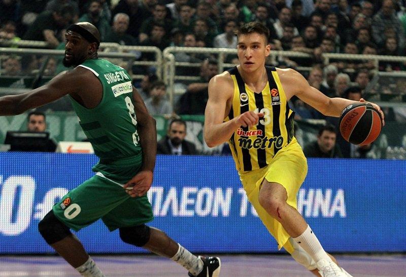 Fenerbahçe'nin yıldızı Sacremento ile anlaştı!