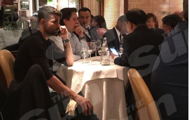 Diego Costa Çin'e göz kırpıyor! Mendes'le...